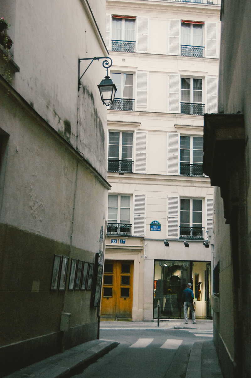 Parisian Alley Odeon