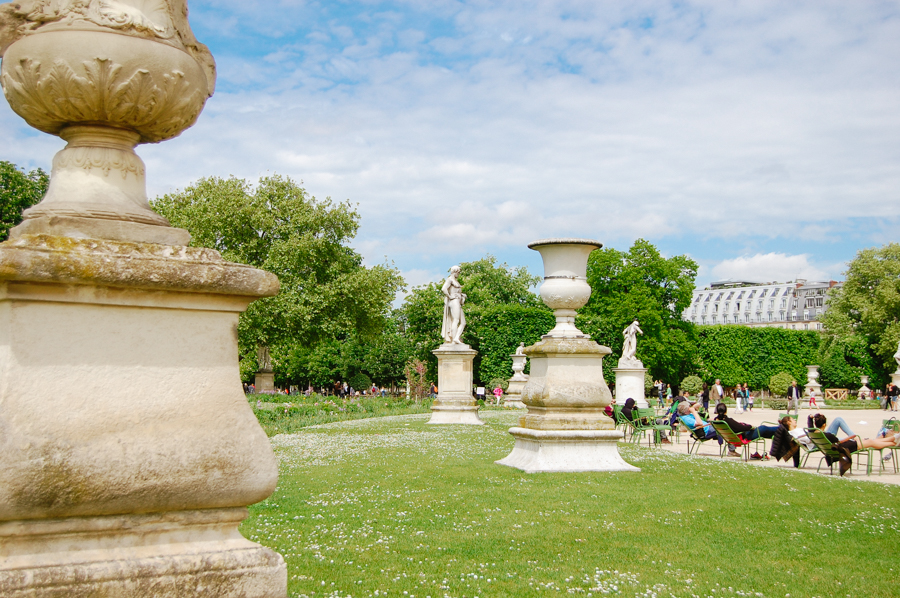 Jardin des Tuileries - French Californian
