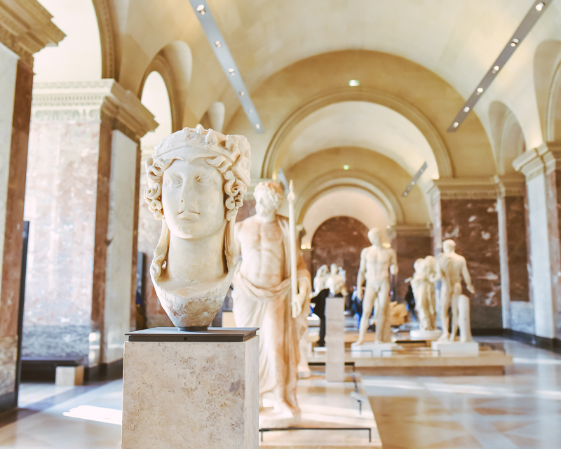 Revisiting the Louvre with Museums by Localers in Paris